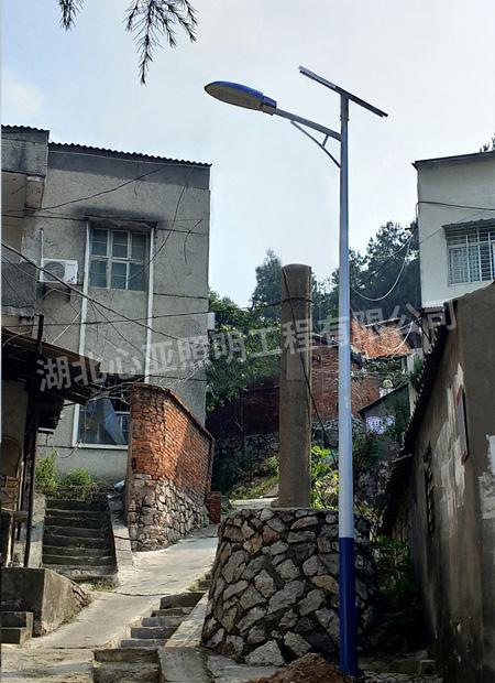 荆门东宝区福城花园社区太阳能路灯